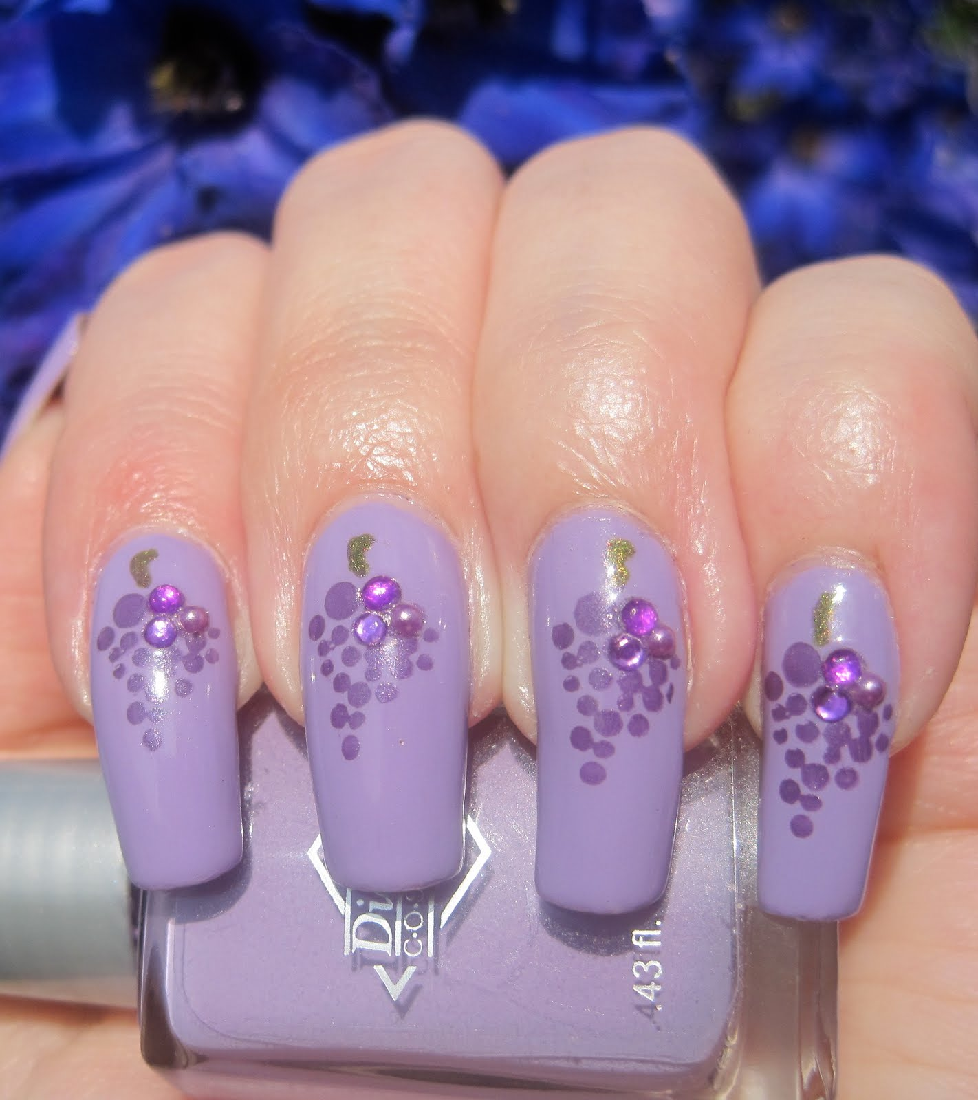 Craft Nail: Bejeweled grapes