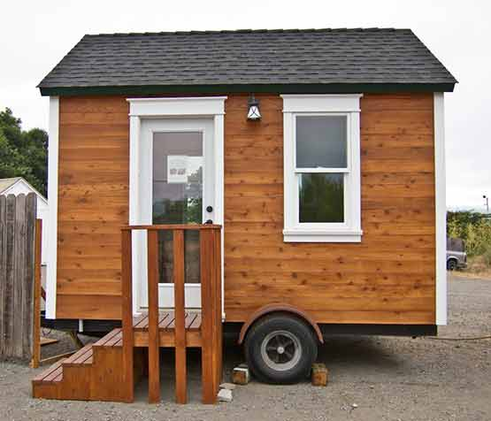 lloyd's blog baby chicks and tiny houses in petaluma, small houses petaluma ca, tiny houses petaluma