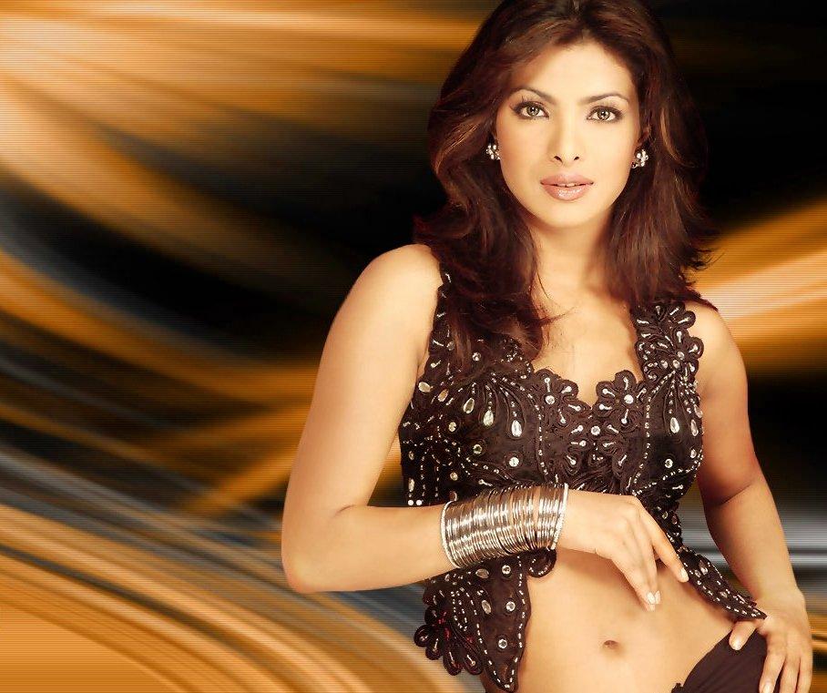 Actress Mix: Priyanka Chopra Hot and Sexy Photo Gallery