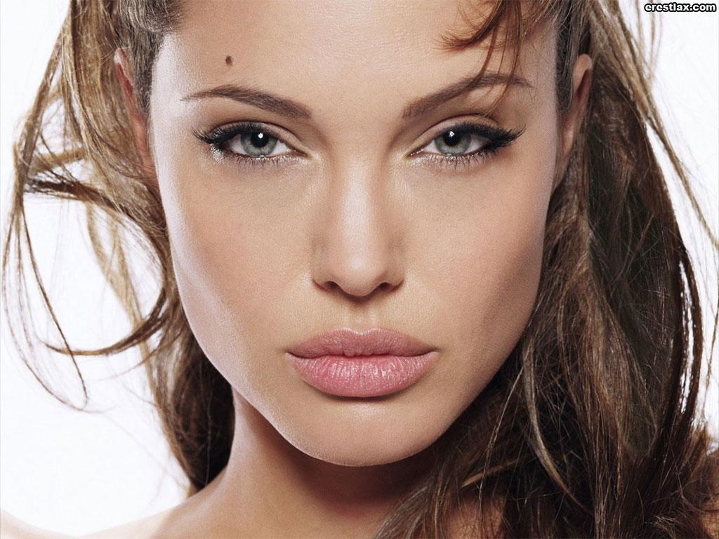 angelina jolie young