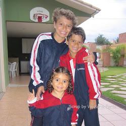 Meus filhos Enzo, Déric e Luma