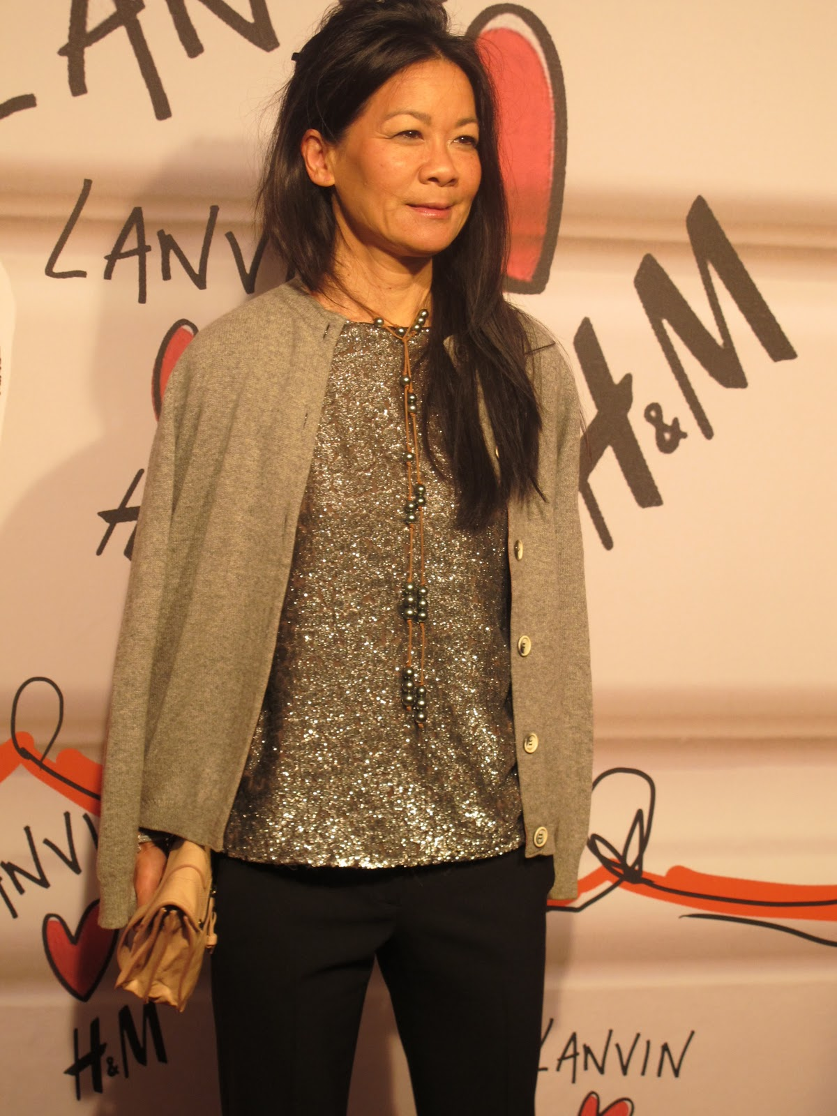 Pretty provocative lanvin h m on the red carpet for Helen lee schifter