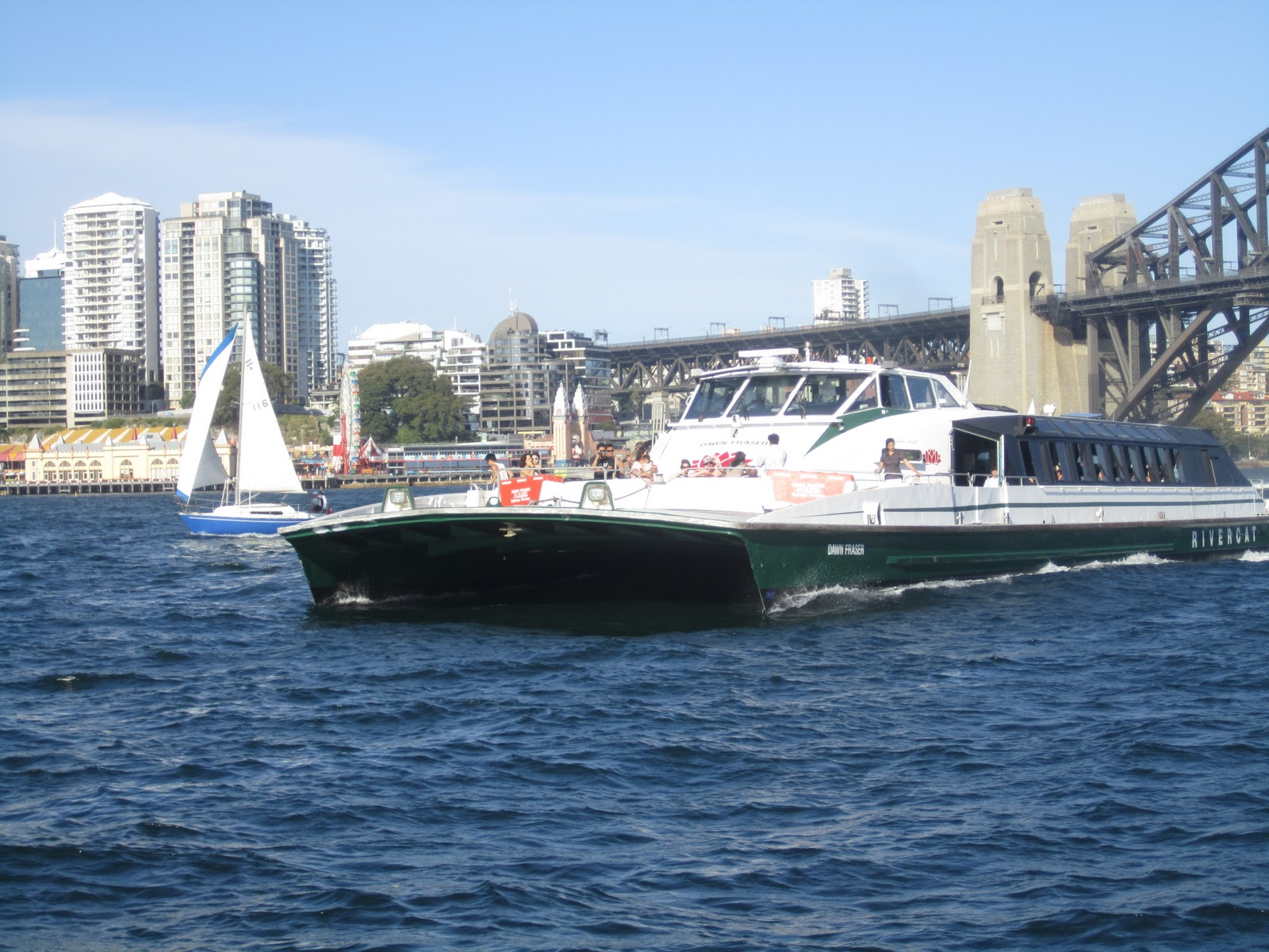 answers sister traveling sydney from