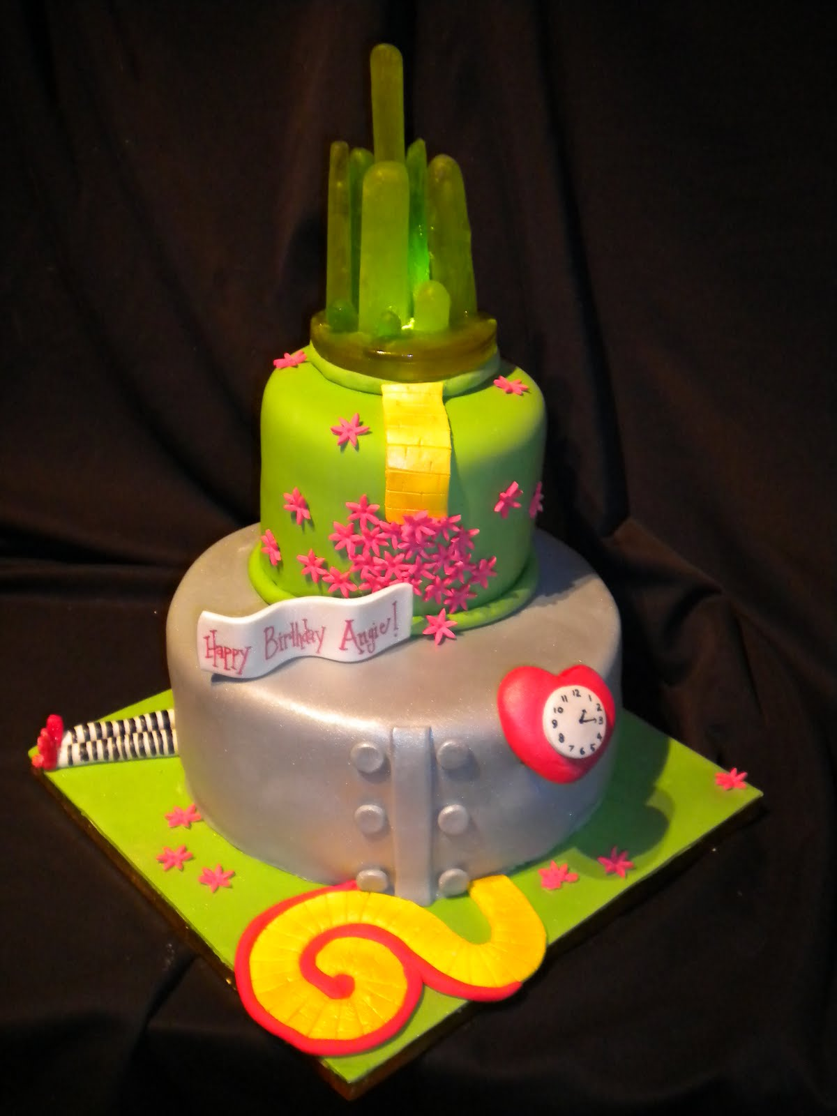 Cake Decorations For Wizard Of Oz : Cake, Hope, and Love: Wizard of Oz Cake