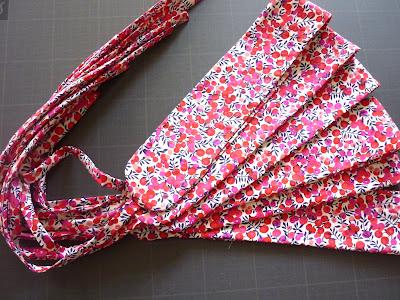 Des ceintures pour les enfants d'honneur