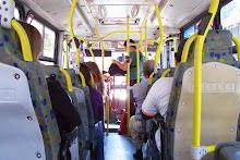 el autobus de las barras amarillas