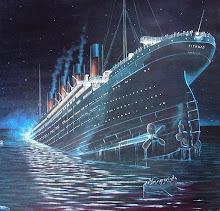 El Titanic hundiéndose en el Océano