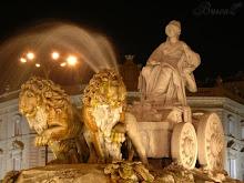 La Cibeles con sus dos leones melenudos