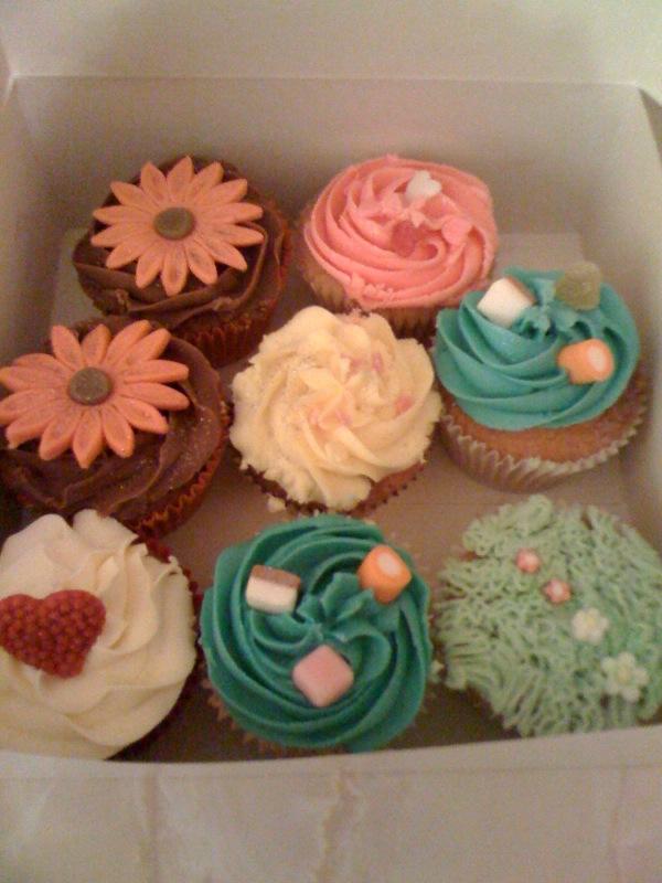 [Nom+nom+cupcakes!.htm]