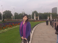 Buckingham Palace with Cindy