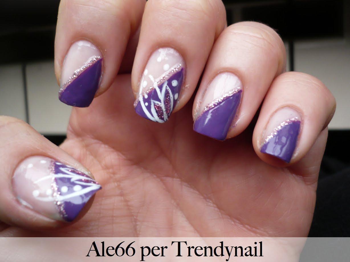 Excellent Tutorial nailart Petali e glitter in viola by Ale 1228 x 921 · 78 kB · jpeg