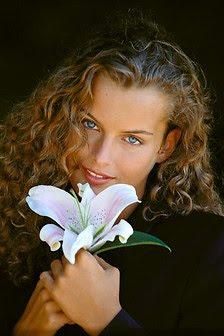 mujer+bella+flor