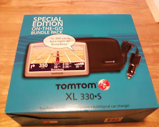 TomTom XL 330S Special Edition On-The-Go Bundle Pack
