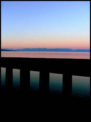 pacific ocean horizon photo
