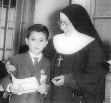 Sor Bernardina, La Monja que me queria Lavar el Cerebro con sus Mierdas Religiosas
