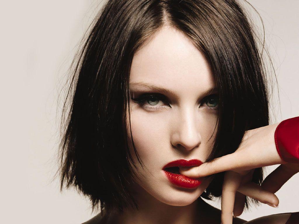 http://4.bp.blogspot.com/_x0JDipJeHdM/TBECazF9qwI/AAAAAAAACIg/Ipo9ocInusc/s1600/Sophie-Ellis-Bextor-3.jpg