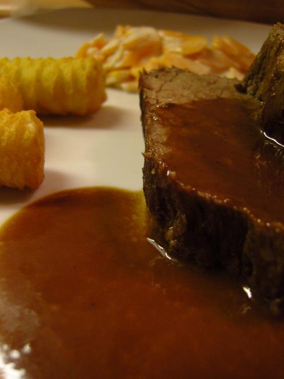 Rinderbraten mit Schokoladen-Balsamico-Sauce