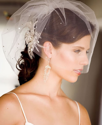 Most people who attend weddings are very particular with wedding veils and
