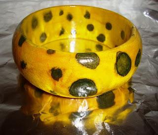 pulseira com pintura  marmorizada – prenda para menina ou senhora