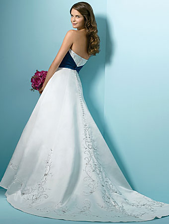 Stunning White Wedding Dresses 2011 By Alfred Angelo Designer