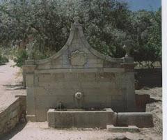 Fonte da Relva - Largo da Relva - Telhado