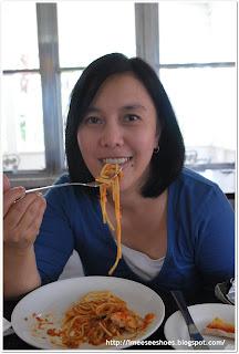 food, spaghetti