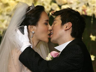 South Korean transgender beauty Harisu tied the knot in Seoul Saturday with ...
