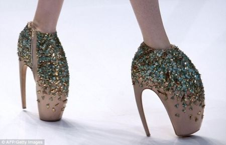 Zapatos de hada del diseñador Alexander McQueen