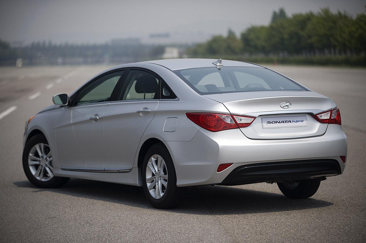 Actualidad Automotriz 2011 Hyundai Sonata Hybrid
