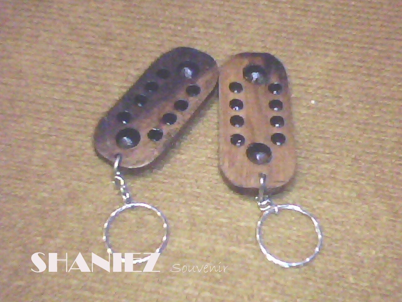 Shaniez Jogja Souvenir Handicraft Gantungan Kunci Sovenir Ganci Dakon Kayu