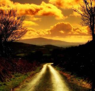 Esta é a minha estrada, o meu caminho, o meu futuro. Sei quem sou, de onde venho e para onde vou. Não me desviarei desta rota traçada.