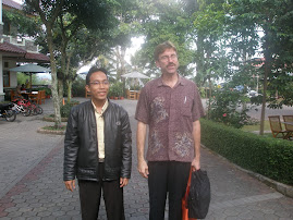 Kealing, RELO Officer bersama Direktur COEC Di Acara Konferensi Internasional Applied Linguistics