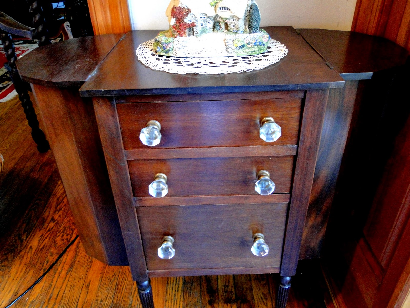 Lilbitbrit: Martha Washington Sewing Cabinet