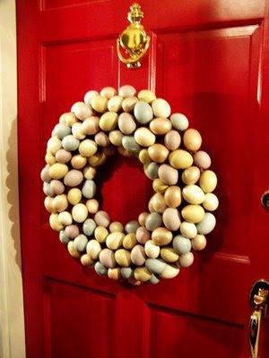 http://4.bp.blogspot.com/_x908CSKJhI4/ScgpZAlh_gI/AAAAAAAAGE0/AgD7lPporCs/s400/Egg_wreath_019.JPG