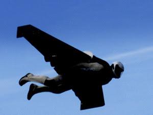 National Geographic retransmitirá en directo el vuelo de un hombre atravesando el canal de La Mancha