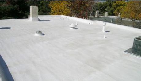 Pintar a telha de branco diminui o calor