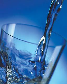http://4.bp.blogspot.com/_xADkHcepsbk/SYZk3kTZnMI/AAAAAAAAAbU/Rhey2lGhAPM/s320/water.jpg