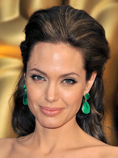 Angelina Jolie Square Face Shape Hairstyle