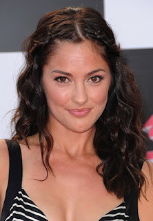 Minka Kelly Hairstyle Pic