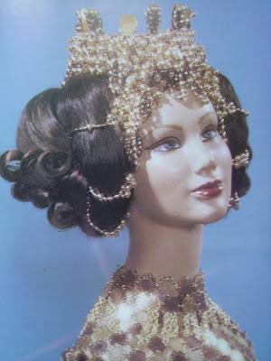 Les masques pour le renforcement des cheveu du miel et loeuf pour les cheveux
