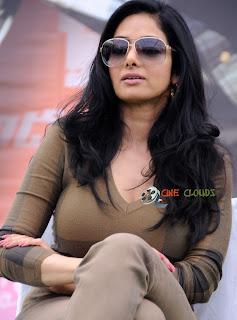 Old actress Sri Devi latest Photos23