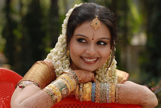 <b>...</b> wedding pics,rimi <b>tomy wedding</b> at church stills ,geethu moandas wedding <b>...</b> - ramya_Wedding_stilsl