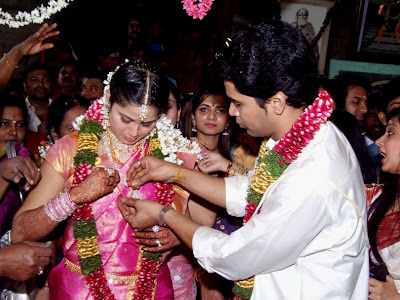 [Krish+-+Sangeetha+Wedding+Photo.jpg]