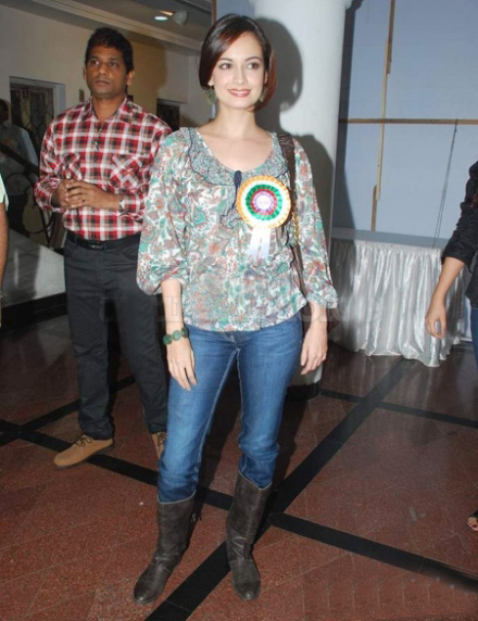 diya mirza photo gallery