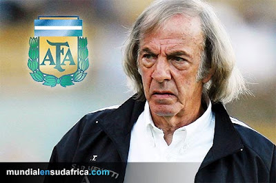 Entrevista a Cesar Luis Menotti, sobre la Seleccion Argentina, Mundial Sudafrica 2010, Messi, Maradona