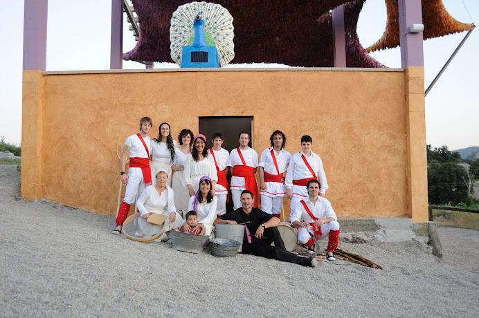 Bastoners de Malla a la inauguració de l'hotel rural de El Prat Xic