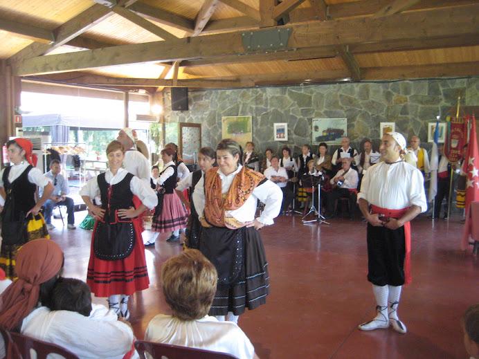 Coros y Danzas de Becerril a El Prat Verd