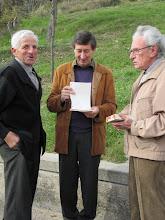 Membres de la Comissió Pastoral de la Parròquia repassant