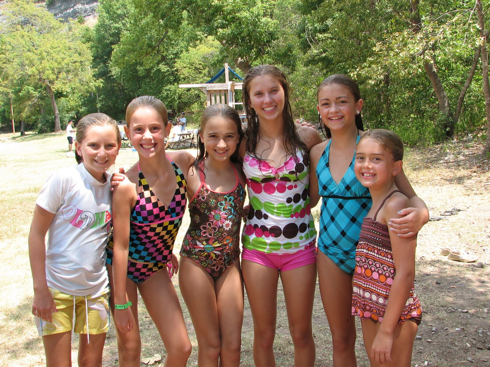 Cute Middle School Girls Swimsuit