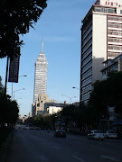 Avenida Juárez, al atardecer